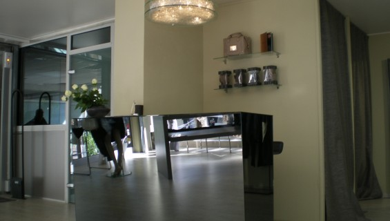 Comptoir façade miroir teinté